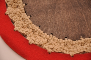 Felt+Crochet+Plywood Trivet